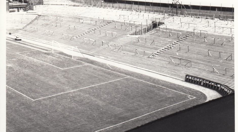 Arsenal - Highbury - Clock End 1 - 1969 - BW